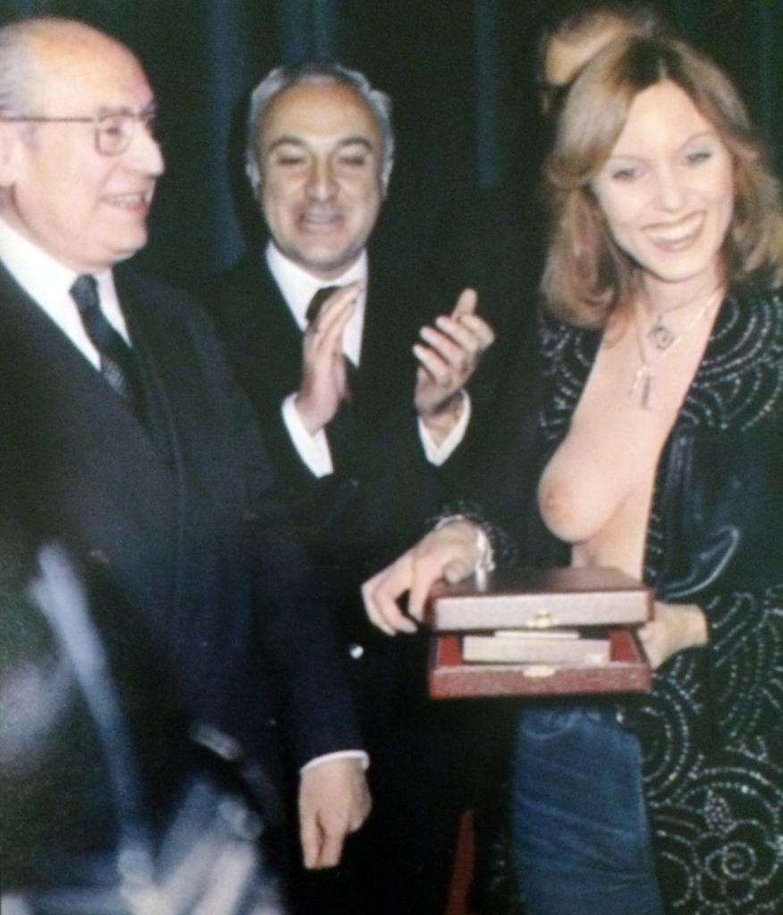 Tierno Galván y Susana Estrada