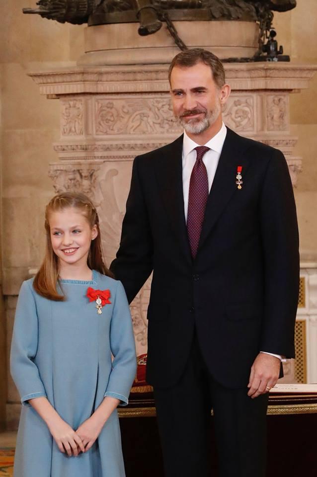 Su majestad el rey Felipe VI celebra su 50 cumpleaños con la imposición del Toisón de Oro a la Princesa de Asturias.
