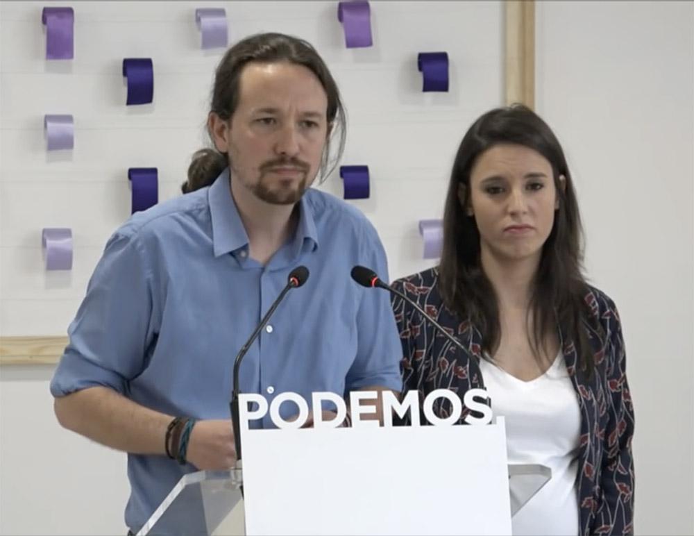 Pablo iglesias e Irene Montero presentan la consulta