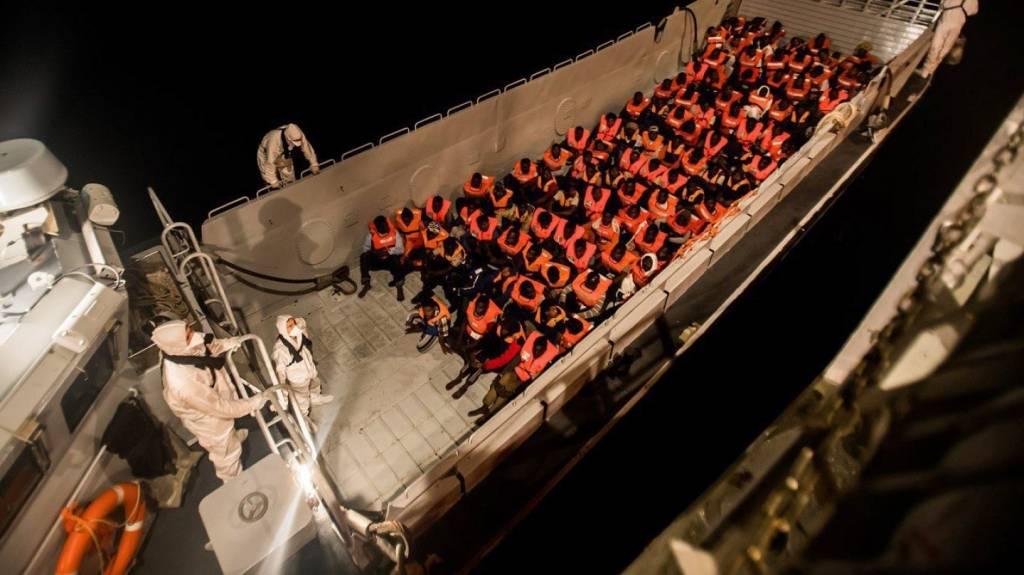 Inmigrantes rescatados por el barco Aquarius que llegará a Valencia
