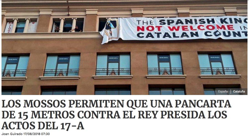 Empezamos la jornada muy mal. La pancarta está situada en la Plaza de España.l