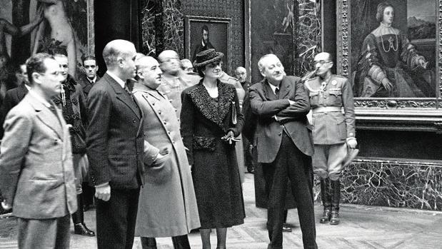 Visita de Franco al Museo del Prado el 7 de febrero de 1940