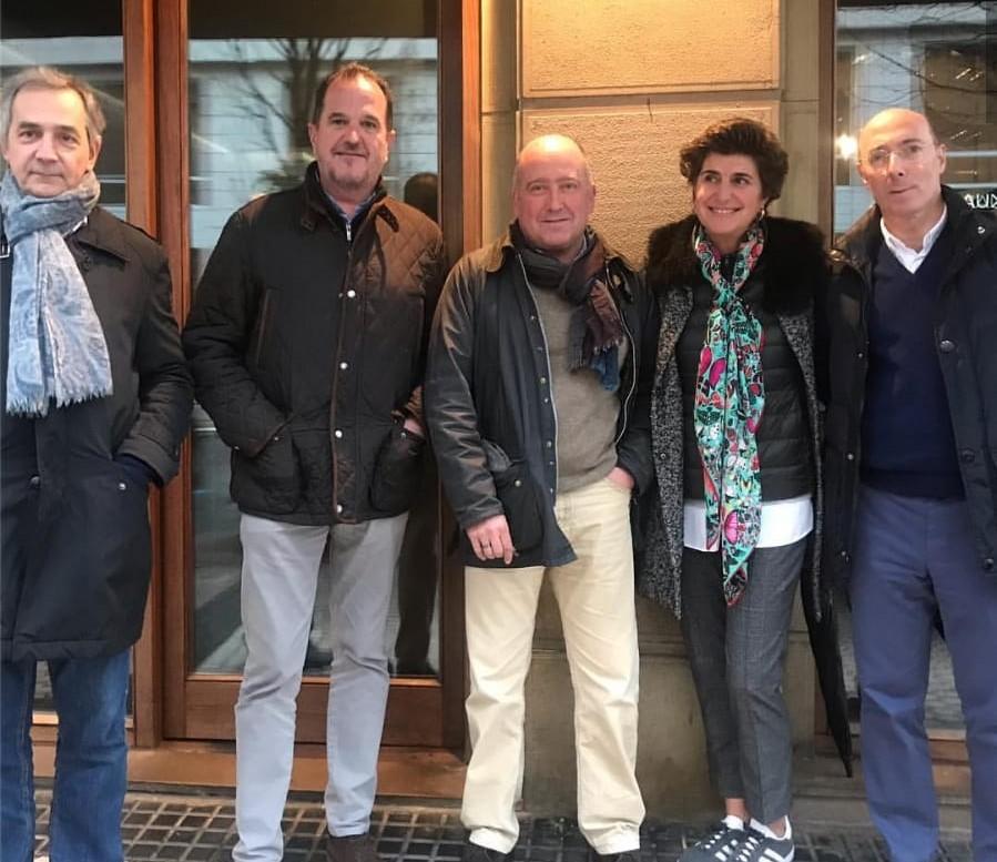 De izquierda a derecha: Luis López, Carlos Iturgaiz, Carmelo Barrio, María San Gil y Carlos Urquijo