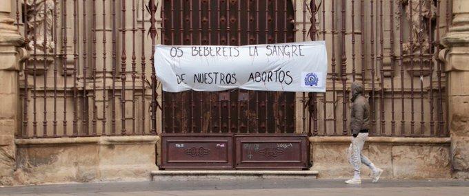 Causa feminista en la concatedral de La Redonda en Logroňo