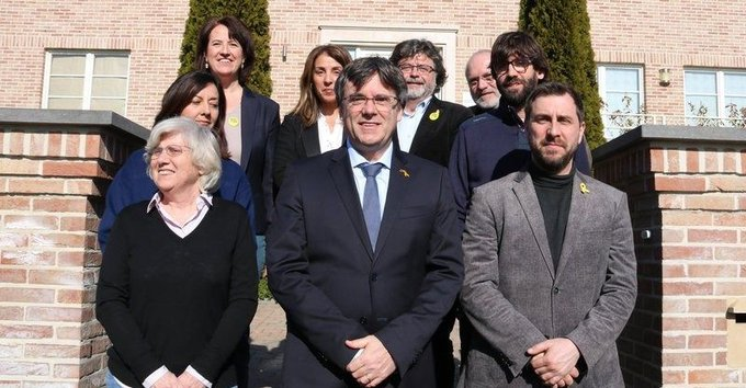 El juzgado dictamina que Puigdemont puede presentarse a las elecciones europeas