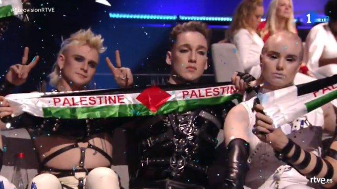 Los representantes de Islandia durante el Festival de Eurovisión