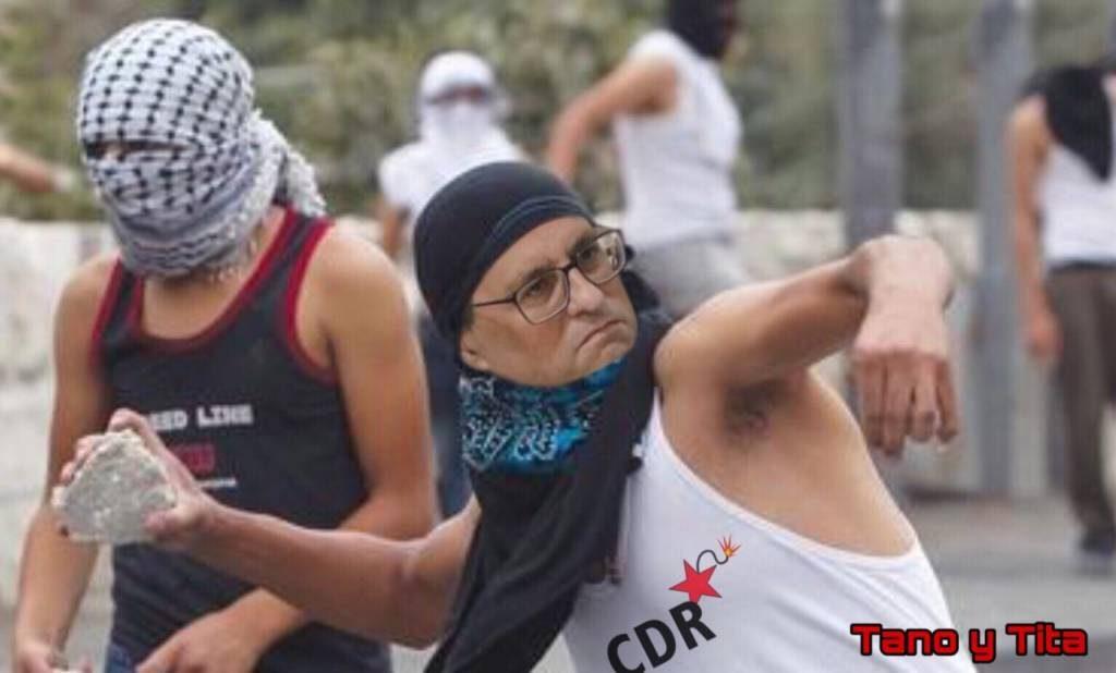 España: Dolce farniente, siesta permanente y apedreada. 155 Ya. Ilustración de Tano y Tita
