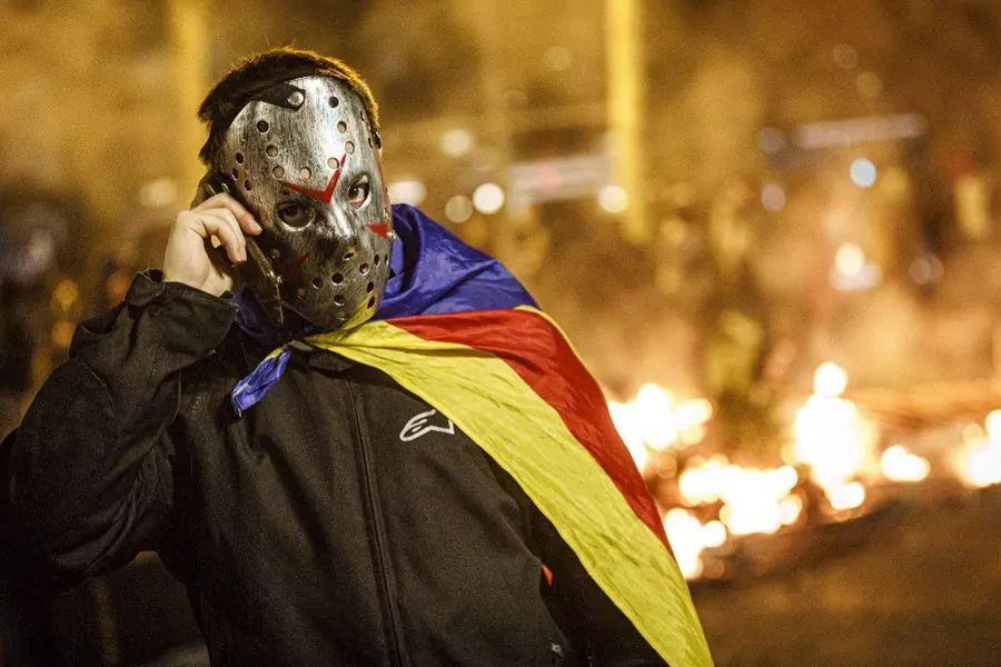 Ante la insurrección golpista y la inacción gubernamental, solo nos queda Superman