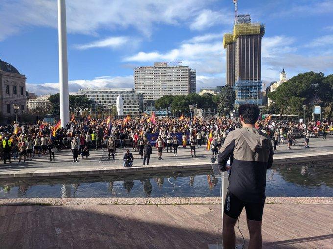 Feliz Día de la Constitución: Resiste España